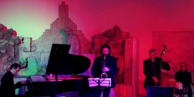 Russian Crossover Project E Play Verdi 4tet  CLASSICAL IN JAZZ